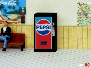 1/87 Track H0 Pepsi Cola vending machine